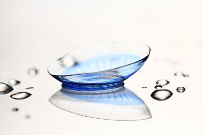 dc4af21ec362c Lentes de contacto azuis  Cuidados a ter!   LENTES DE CONTACTO 365®